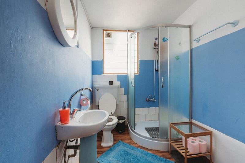 Zuhanykabin beépítése házilag